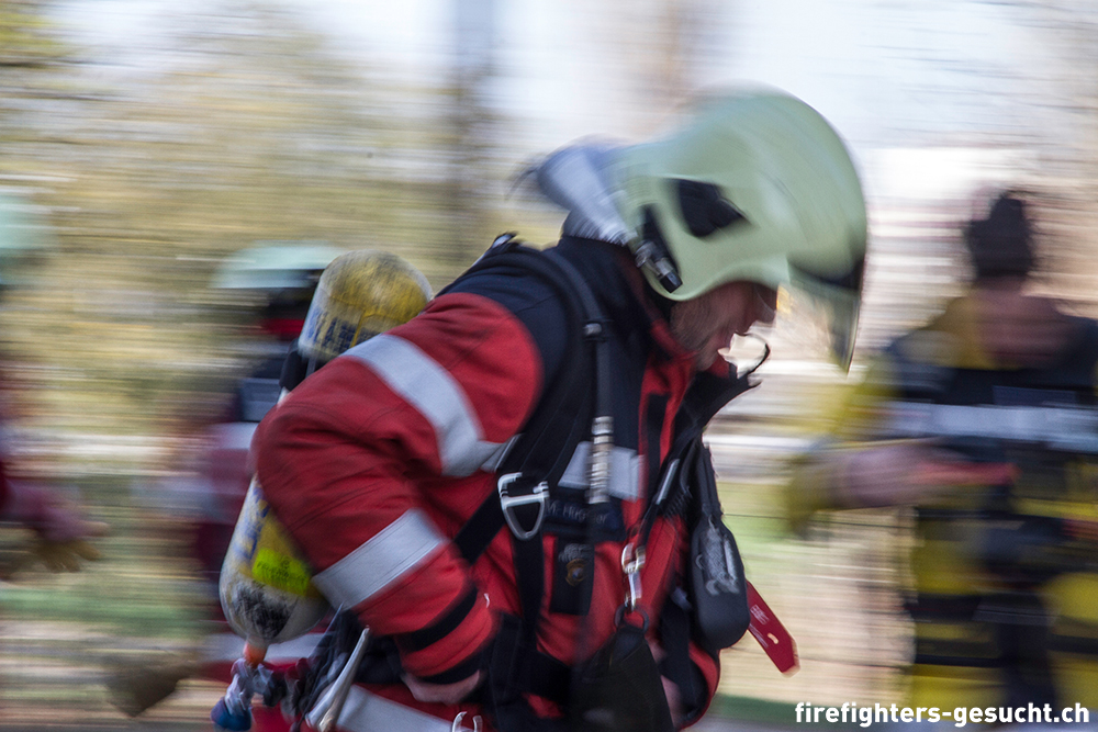 FireFighters Gesucht 012